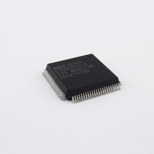D70320GJ-8